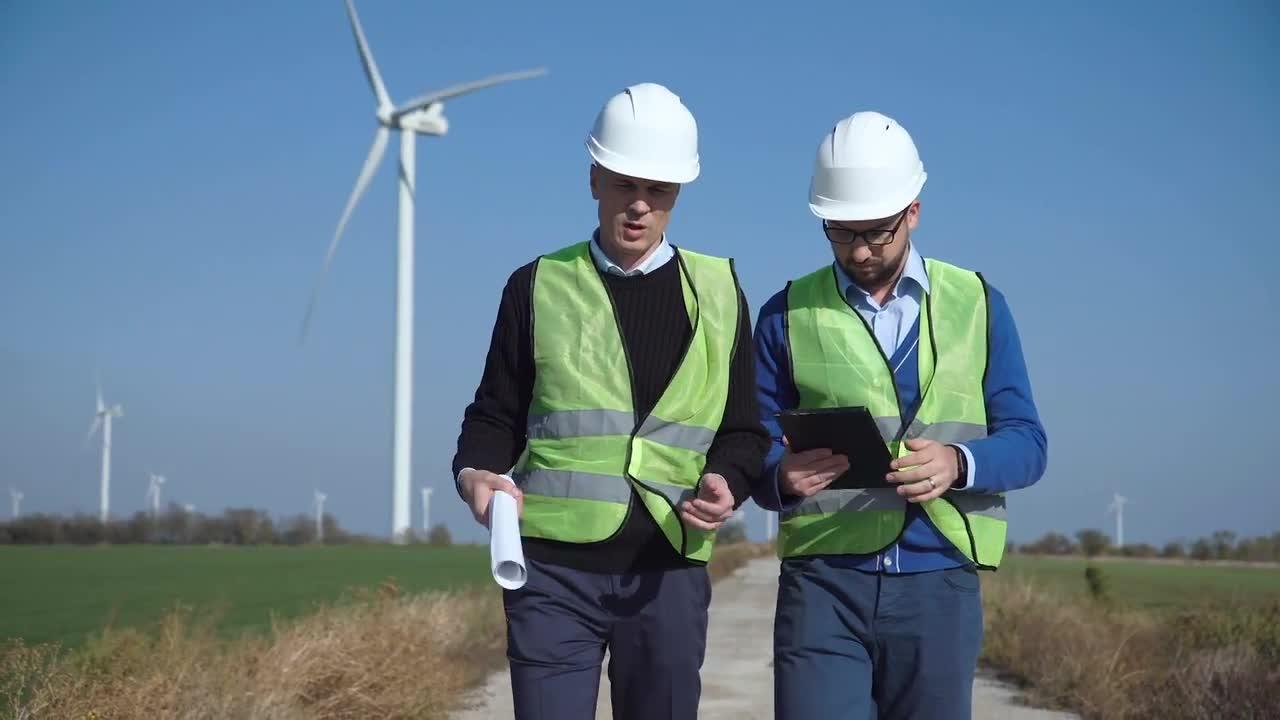 jefes de proyecto en instalacion eólica